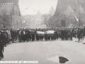 1_maja_1983_czolo_pochodu
