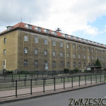 Budynek dawnej Państwowej Szkoły Pielęgniarstwa przy al. Hallera